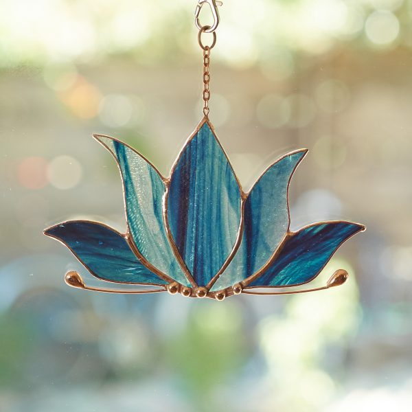 stained-glass-lotus-suncatcher-476-2000px