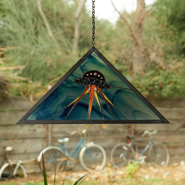 stained-glass-alien-spaceship-window-panel-1271-1200px